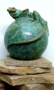 026) Bronze Rock Lizard On Ball in ETSY